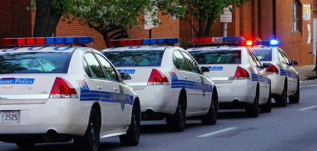 تفسير حلم الشرطة مسكتني