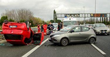 تفسير حلم حادث سيارة لصديق