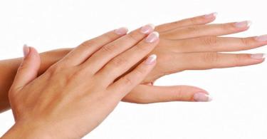 علاج تشقق اليدين والأصابع