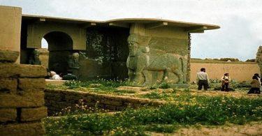 من هو صاحب حدائق بابل المعلقة ؟