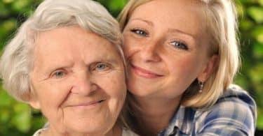 تفسير حلم جدتي المتوفية حية للعزباء