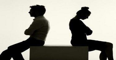 تفسير حلم رجوع الزوجة الزعلانة لزوجها