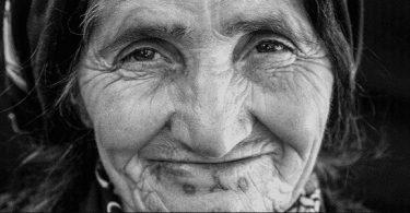 حلمت اني سلمت على جدتي المتوفية