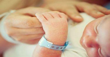 آيات تسهيل الولادة الطبيعية