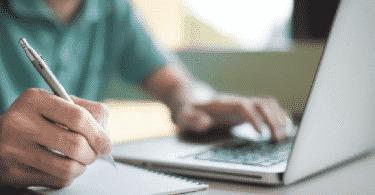 التعليم الذاتي من خلال الإنترنت