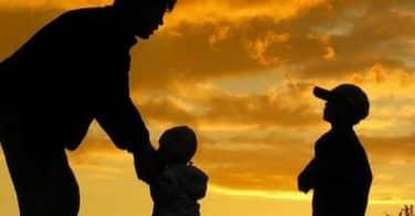 تفسير رؤية الأب في المنام للعزباء
