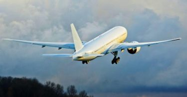 رؤية الطائرة تطير في المنام