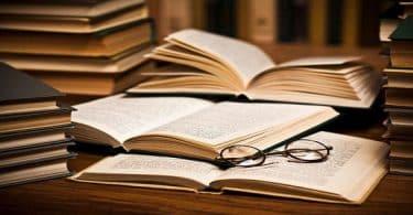 عبارات عن الكتب والمطالعة
