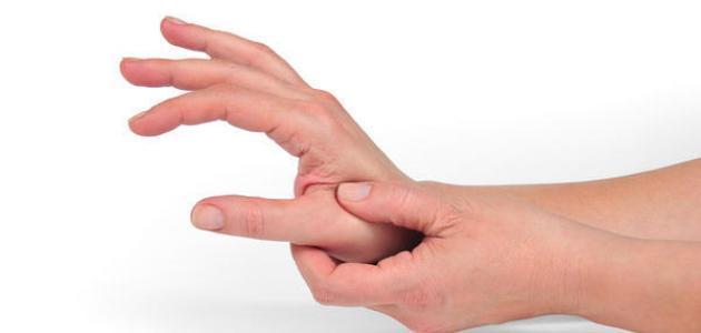 تفسير حلم العض في اليد للعزباء