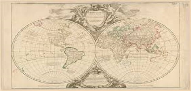 شكل خريطة العالم القديم