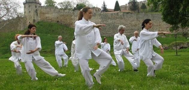 ما هي رياضة تاي تشي tai chi وفوائدها وكيفية ممارستها ؟