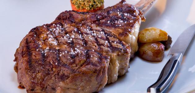 السعرات الحرارية في لحم الغنم المطبوخ