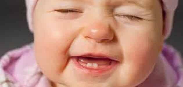 متى يبدأ نمو الأسنان عند الأطفال الصغار